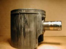 Наволакивание металла и задиры на элементах цилиндро-поршневой группы