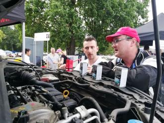 Motor pracuje bez oleje